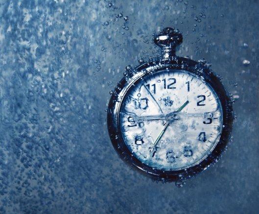 frozen_in_time_by_kateey-d2z1b3z