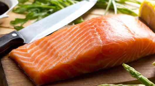 salmon_wide-99a4215134a578926fa1dd5a3a106b9a2c6795ef-s6-c30